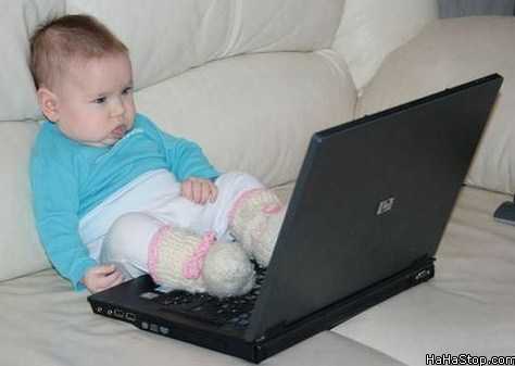 lazy-baby-laptop